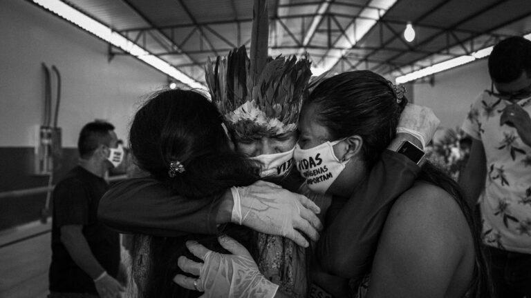 Livro traz obituários de povos tradicionais da Amazônia vítimas da Covid-19
