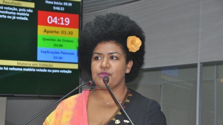 Vereadora Jô Oliveira destaca a conquista do Voto Feminino