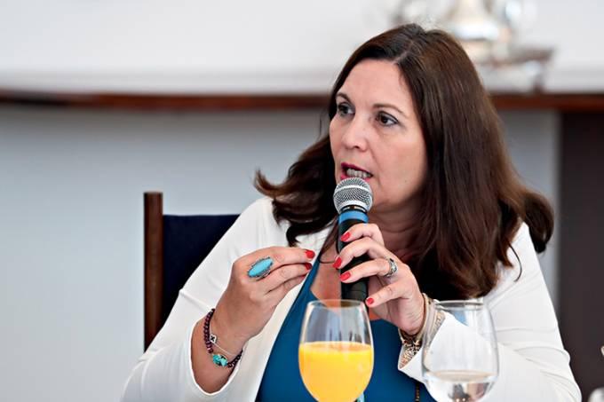 Bia Kicis é eleita presidente da Comissão de Constituição e Justiça