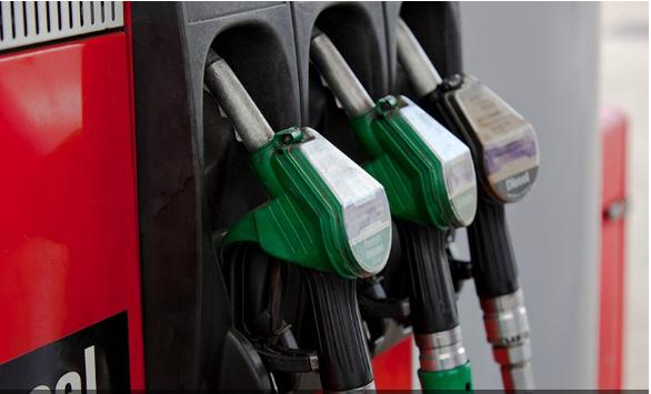 Presidente Bolsonaro aumenta taxação sobre bancos para desonerar diesel e gás de cozinha