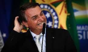 Pesquisa: Bolsonaro lidera com folga em todos os cenários para eleições de 2022
