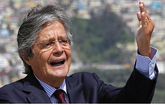 Direita vence eleições no Equador e o país sonha com a volta da liberdade.