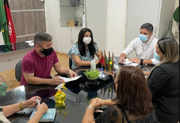 Secretário de Saúde da Prefeitura de Campina Grande recebe Sintab e encaminha solicitações dos trabalhadores