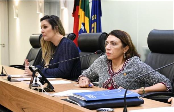 Leis contra a importunação sexual e de violência contra mulher são sancionadas na Paraíba