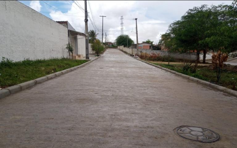 Prefeitura avança com pavimentações em Campina Grande.