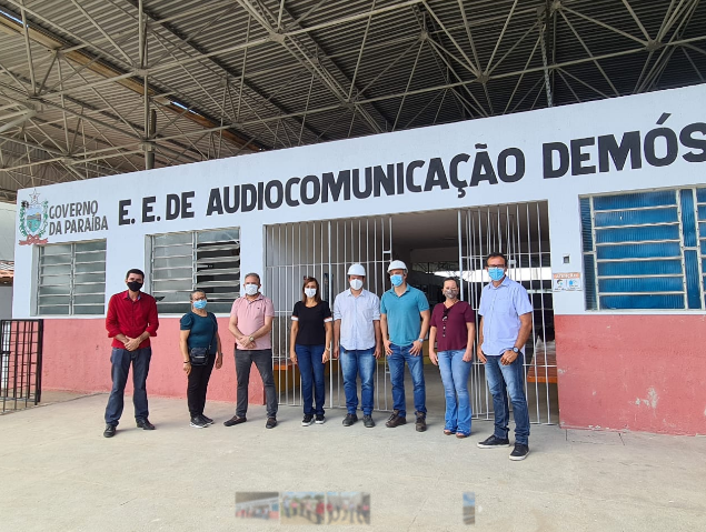 Secretária Ana Cláudia visita obras na Escola de Audiocomunicação e reformas em escolas estaduais de Campina Grande