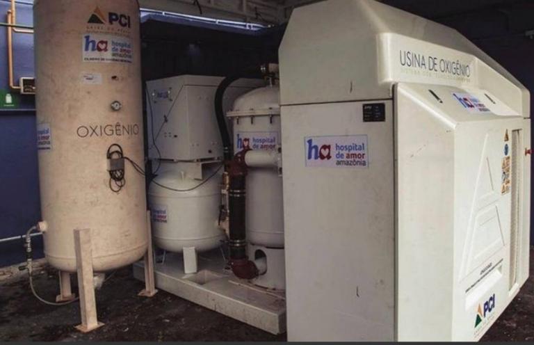 Bolsonaro inicia entrega de 5,1 mil concentradores de oxigênio para os estados do Norte e Nordeste.