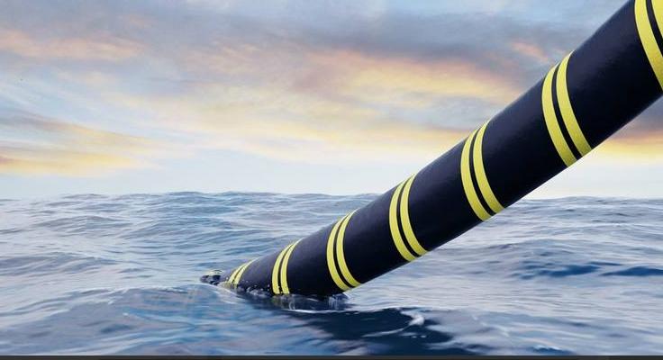 Novo cabo submarino vai interligar o Brasil com a Europa com internet de alta velocidade.
