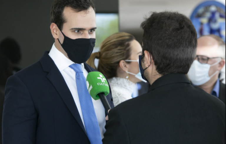 Vice-prefeito comemora verba de R$ 4 milhões para a saúde de Campina Grande