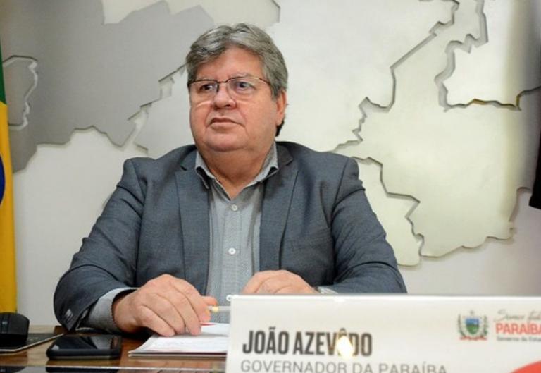 Novo decreto do governador João Azevedo endurece restrições na Paraíba.