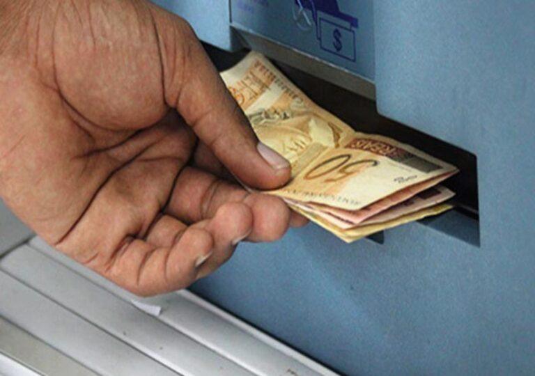 Prefeitura de Campina Grande paga hoje (9) prestadores de serviços e amanhã 1ª parcela do 13º dos efetivos e comissionados.