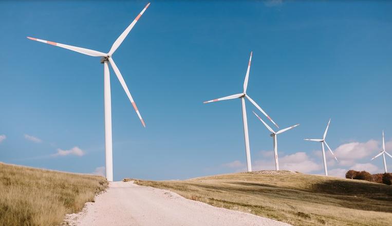 Brasil registra novos recordes de geração energia eólica média e instantânea.